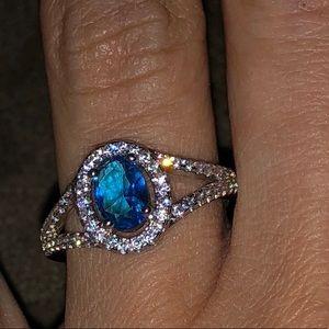 Jewelry - Blue stone ring